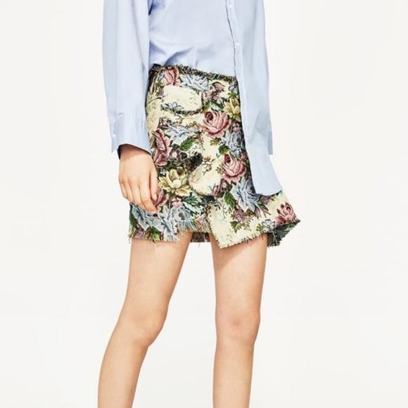 Zara Dresses & Skirts - Zara Woman Distressed Floral Mini Skirt